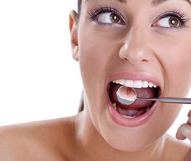 implantologia dentale torino